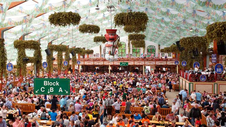 Wiesn 2018 reservierungen f r das oktoberfest 95 5 for Oktoberfest dekoration